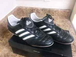 Women's Adidas Outdoor soccer shoes size 9.5