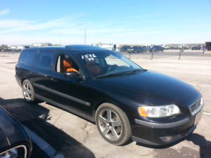 Looking for a Volvo V70R