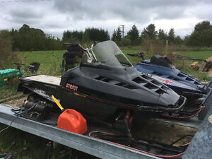 650 Polaris parts sleds and double sled trailer