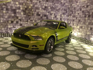 MUSTANG BOSS 302 2013   HAND BUILT A UNQUIE MODEL ONE OF A