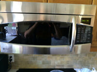 MICROWAVE - GE Profile 1.8 cu ft SpaceMaker XL1800