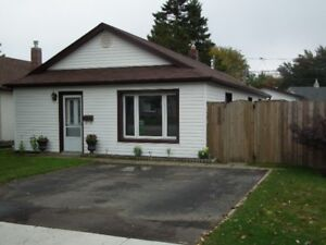 530 KINGSWAY - OPEN HOUSE SUNDAY 1-3-HYDE PARK - CORE FLOOR