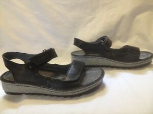 New for 2018 Naot Black All Leather Naot Wedge Sandal Ladies 37M