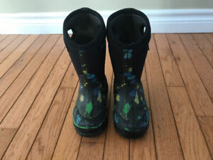 Bogs winter boots.  Toddler Size 10.