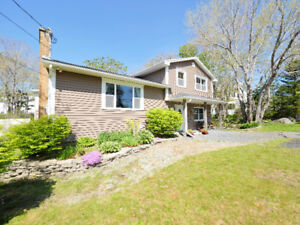 85 Ketch Harbour - Immaculately Kept + In-law Suite!