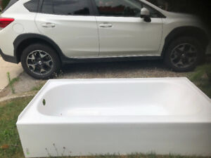 Bath tub for sale. New, never been installed