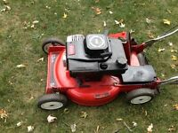 TORO Lawnmower - Super Recycler - Selfpropelled - Suzuki Motor.