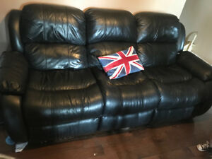 Leather reclining couche set
