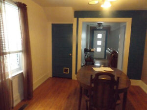 112 Lawrence Ave APt for Rent