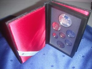 Coins - 1989 Double Dollar Proof Set in Original Case