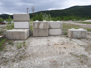 Concrete lock blocks