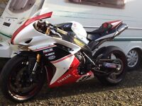 Yamaha R1 4C8 race fairings.