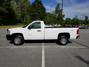 2011 CHEVROLET SILVERADO 1500 REGUALR CAB LONG BOX 4x4
