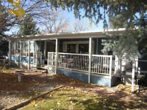 Gorgeous Mobile Home in Adult Park
