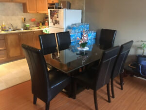 Dining room set with 6 leather chairs