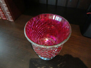 Red Mosaic Glass vase or decorative Container -Perfect Condition Kitchener / Waterloo Kitchener Area image 5