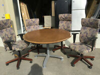 ~~~Boardroom Table and 4 Chairs, Good Condition