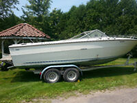 24' Cuddy Cabin Searay running motor!!