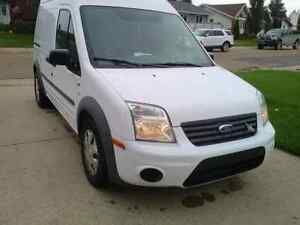 2010 ford transit connect PENDING