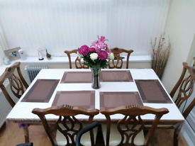 Mahogany Dinning Table & 6 Chairs