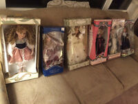 $350 · 6 Porcelain collectable dolls over 20 years old in origin