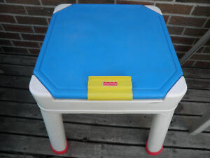 Fisher-Price 3-in-1 Art Table