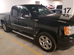 2011 GMC 1500 4X4  extended cab obo