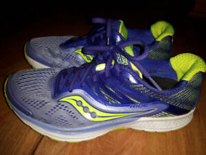 Women's Saucony Ride 10 Running Shoes