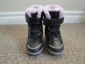 3M Thinsulate Black and Purple Winter Boots Size 8 Lightly Used