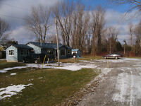 Great Cottage with Boat House and Boat Ramp
