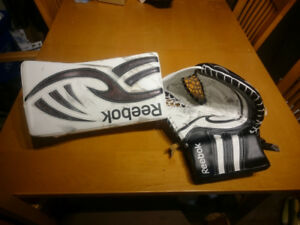 REEBOK BLOCKER AND GLOVE LARCENY GOOD CONDITION 200.00