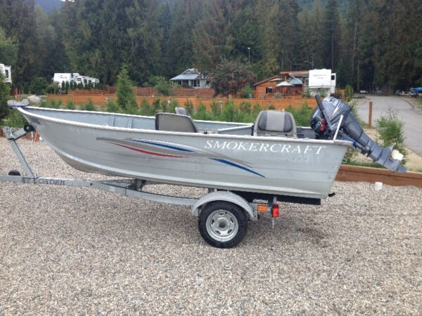 Used 2010 Smoker Craft Inc 14 foot