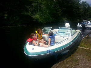 SEARAY Seville 16.5 foot Bowrider 100 HP Outboard Motor