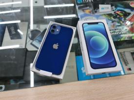 Apple iPhone 12 64gb EE 1year warranty