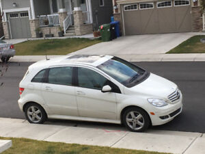 2008 Mercedes-Benz 4 cylinder low on gas elite class vehicle