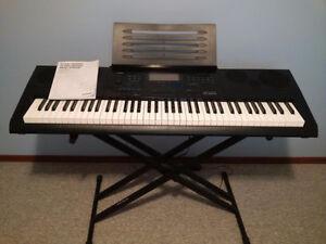 Casio 76 key - Keyboard with stand