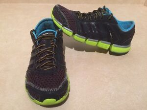 Women's Adidas ClimaCool Running Shoes Size 7 London Ontario image 2