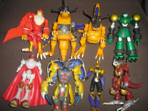 DIGIMON FIGURE LOT