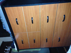 Tall Dresser (4 Large, 4 small drawers)