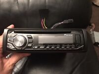 Pioneer DEH 2600UI stereo - MP3, USB and aux port