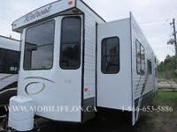 **CLEARANCE! **LUXURY FEATURES! **BUNKS! **PARK MODEL FOR SALE!