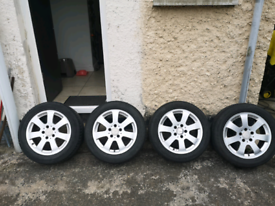 Mercedes 16 inch alloy wheels and good tyres
