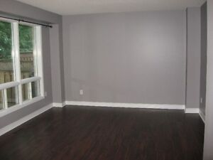 Available Now!!!  Townhouse for rent in lovely neighbourhood! Cambridge Kitchener Area image 6
