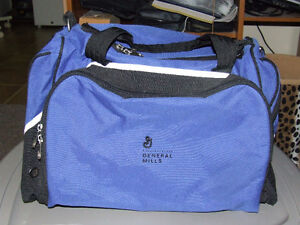 Golden Pacific Canvas Duffle Bag/Carry On Travel Bag - NEW - $15