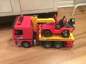 Bruder Camion remorque / Tow Truck