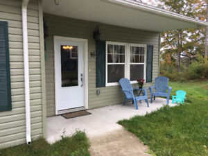 $1400 2 bed apartment  cable and internet included Dec 1