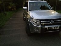 Mitsubishi shogun 2011 lwb fully loaded