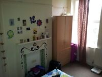 SINGLE ROOM FOR A SHORT TIME FROM FIRST OCTOBER AN 27 OCTOBER PRICE 120 FRO WEEKS 70 DEPOSIT