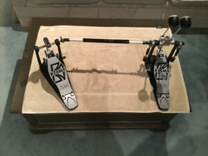 TAMA POWER GLIDE DUAL CHAIN DRIVE DOUBLE PEDAL