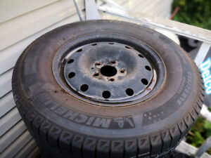 FORD EDGE 2357016 MICHLIN WINTER TIRES WITH RIMS